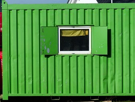 Materialcontainer mit Fenster